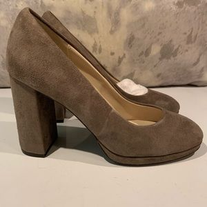 """BNWOB COLE HAAN TAUPE SUEDE 3.5"""" PUMPS SIZE 7.5"""